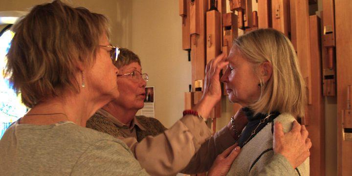 praying-for-healing